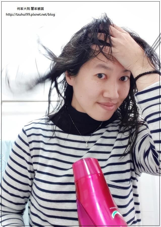 多芬Dove全新升級輕盈水潤系列-微米豐盈洗髮乳 15.jpg
