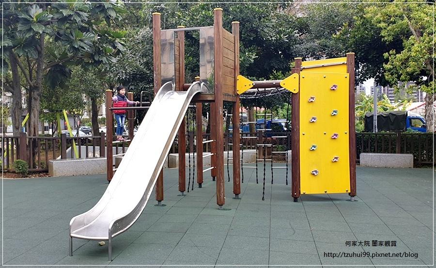林口一品公園(猴子公園)~特色公園+共融遊戲場+鋼索滑繩+溜滑梯盪鞦韆 05.jpg