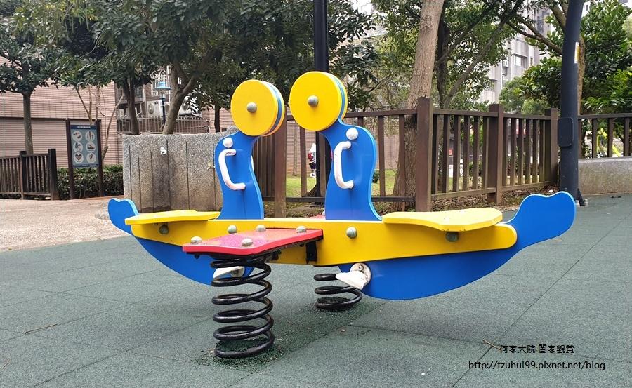 林口一品公園(猴子公園)~特色公園+共融遊戲場+鋼索滑繩+溜滑梯盪鞦韆 12.jpg