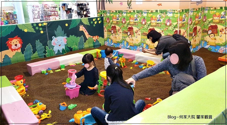 快樂小熊親子館(環球林口A9)+林口環球A9購物中心免費活動(摺氣球) 09.jpg