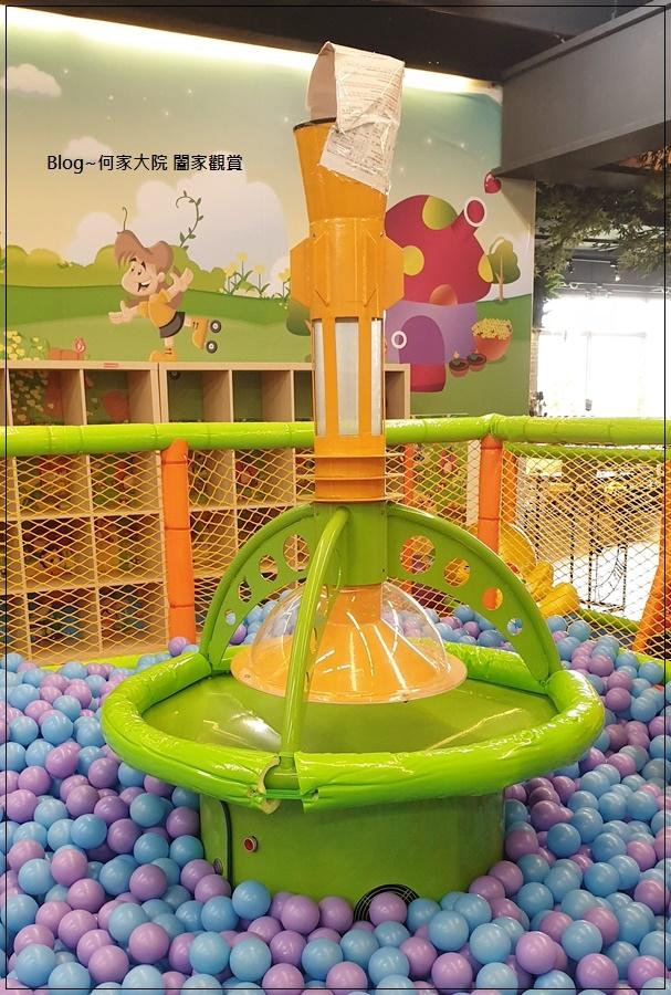 快樂小熊親子館(環球林口A9)+林口環球A9購物中心免費活動(摺氣球) 17-2.jpg