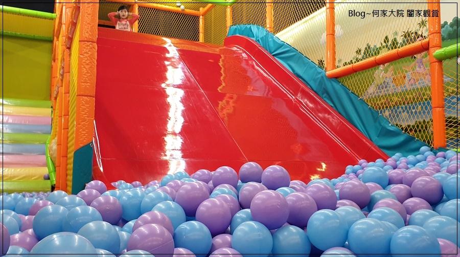 快樂小熊親子館(環球林口A9)+林口環球A9購物中心免費活動(摺氣球) 17-1.jpg