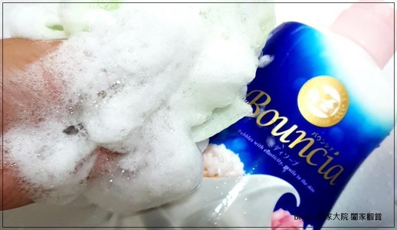 牛乳石鹼 Bouncia美肌保濕沐浴乳(愉悅花香款) 12.jpg