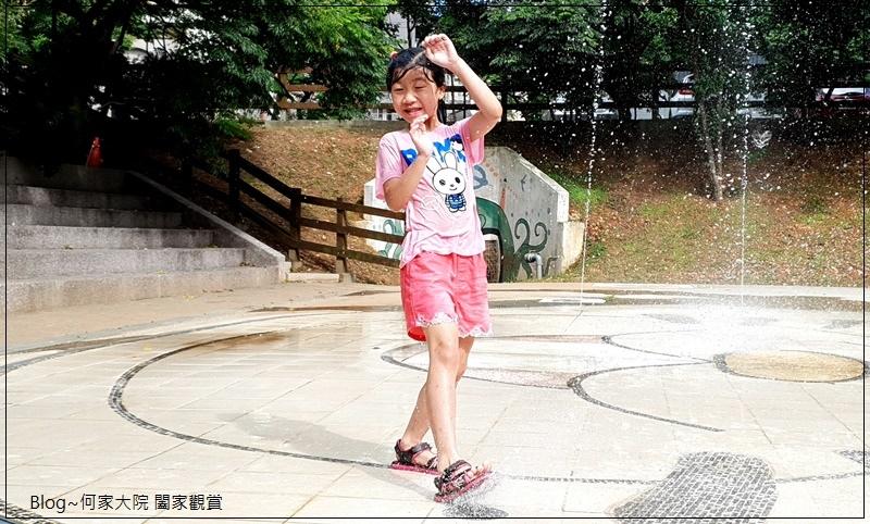 新北林口廣停四公園乾式噴水池(文化廣場)無料免費戲水好去處 18.jpg
