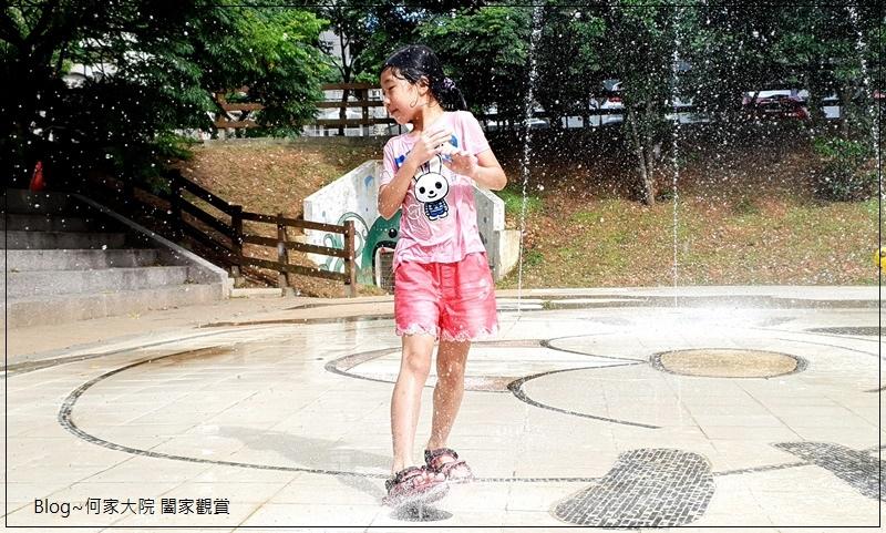 新北林口廣停四公園乾式噴水池(文化廣場)無料免費戲水好去處 19.jpg