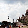 雄獅旅遊馬來西亞團體行2019 Day1行程分享(桃園機場+吉隆坡機場+布城+雙子星花園廣場+芽菜雞風味餐+BESPOKE HOTEL) 09.jpg