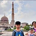 雄獅旅遊馬來西亞團體行2019 Day1行程分享(桃園機場+吉隆坡機場+布城+雙子星花園廣場+芽菜雞風味餐+BESPOKE HOTEL) 13.jpg