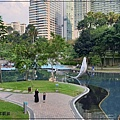 雄獅旅遊馬來西亞團體行2019 Day1行程分享(桃園機場+吉隆坡機場+布城+雙子星花園廣場+芽菜雞風味餐+BESPOKE HOTEL) 21.jpg