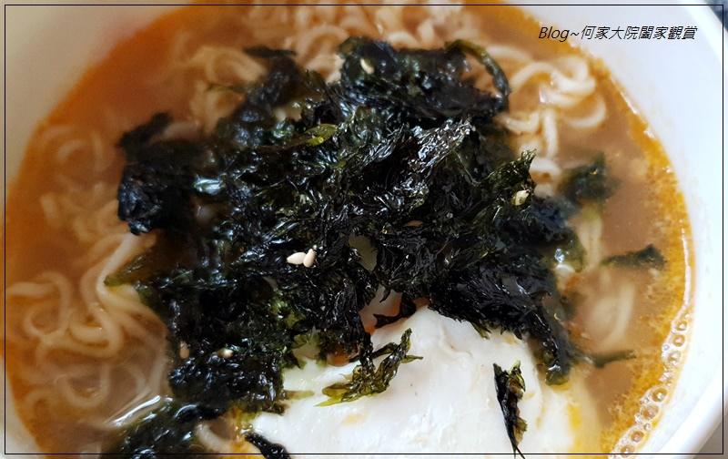 MOTOMOTOYAMA韓國海苔酥醬燒風味+山葵風味(拌飯拌麵+百搭料理小幫手+海苔酥推薦) 19.jpg