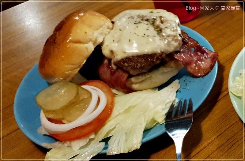 D&G Burger美式漢堡店(林口老街舊街美食+林口好吃漢堡推薦+手打漢堡肉) 25.jpg