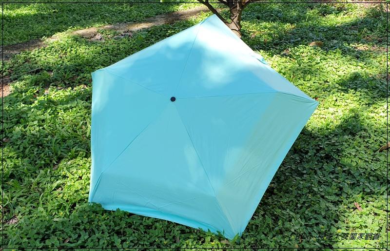 Hoswa福思華洋雨傘 迷漾羽毛-安全自動開收折傘+紳士的品格-機能奈米安全自動折傘 22.jpg