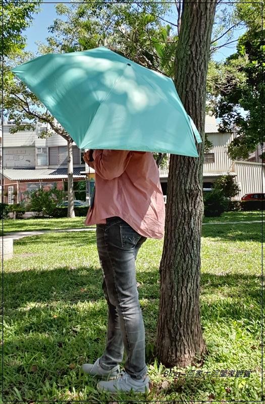 Hoswa福思華洋雨傘 迷漾羽毛-安全自動開收折傘+紳士的品格-機能奈米安全自動折傘 25.jpg