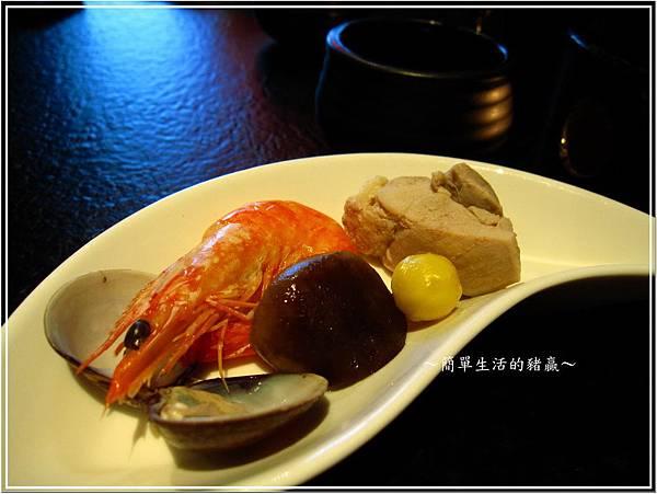 20131015 藝奇板橋店04