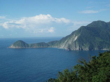 蘇花公路眺望烏石鼻岬角(約在116公里附近)