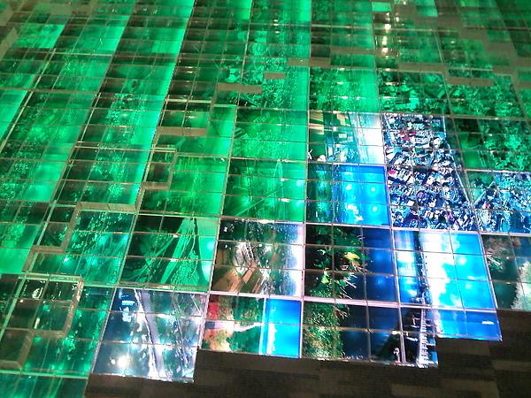水晶塊堆砌成的蘭陽平原