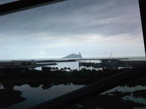 傳說中的龜山島~好近!