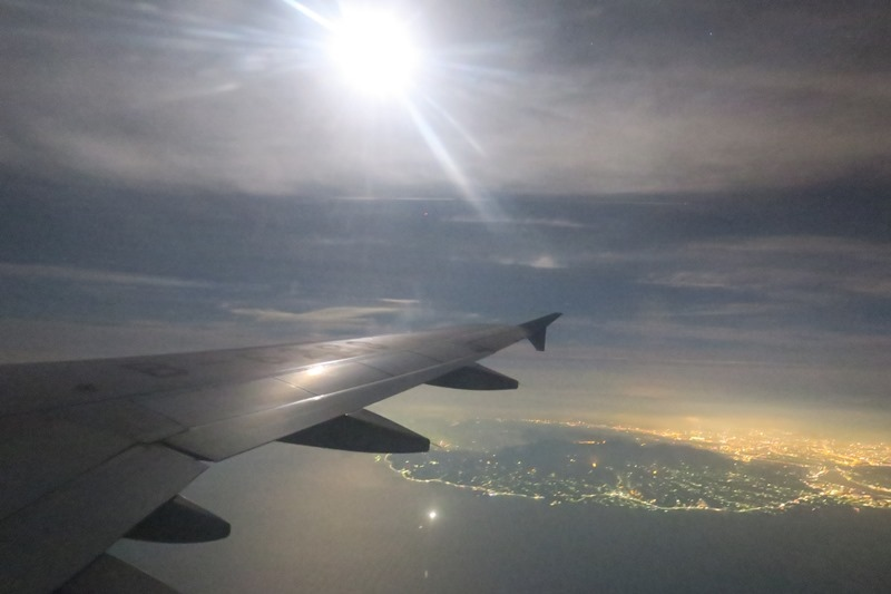 IMG_0311乘著皎潔月光起飛前往張家界.jpg