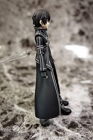 Max Factory 刀劍神域 桐人 figma 黑色劍士 SAO 12.jpg