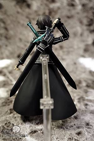 Max Factory 刀劍神域 桐人 figma 黑色劍士 SAO 28.jpg