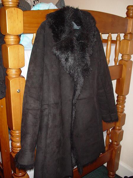 冬天暴風雪也不怕的超厚重外套7磅