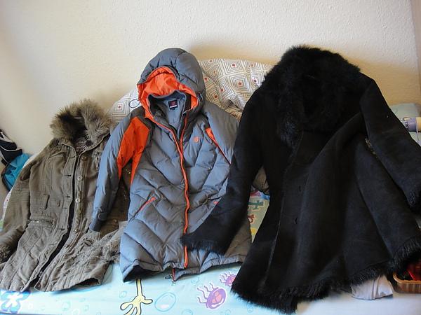 冬日禦寒衣物3件一起買20磅