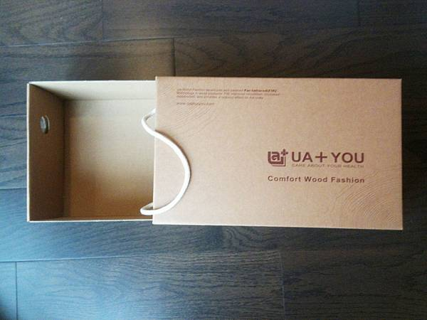 UA WOOD能量健康木鞋鞋盒1