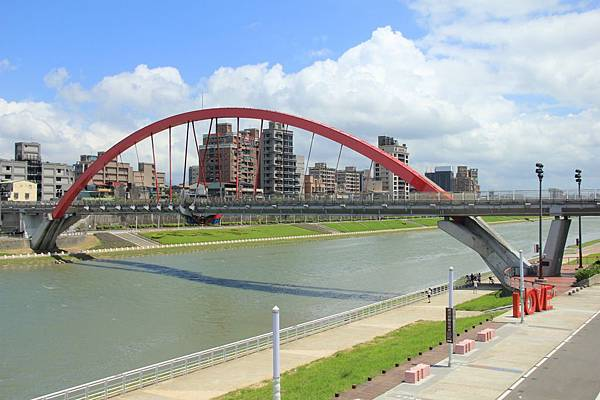 台北尋愛之旅彩虹橋 076 (1280x853)