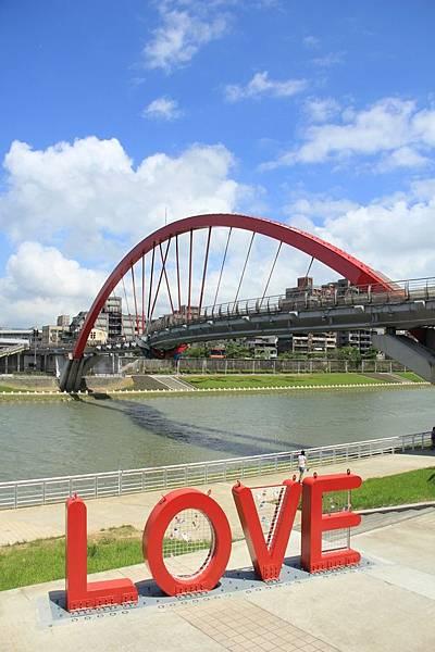 台北尋愛之旅彩虹橋 108 (853x1280)