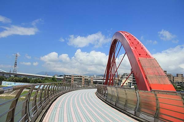 台北尋愛之旅彩虹橋 120 (1280x853)