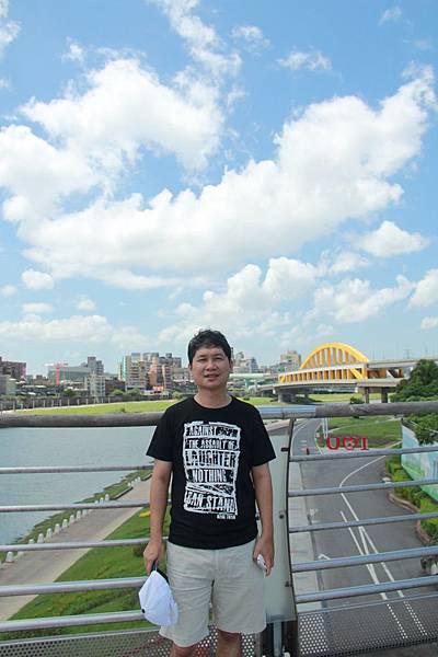 台北尋愛之旅彩虹橋 133 (853x1280)