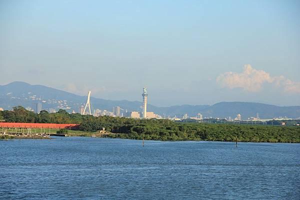 汐止新山夢湖拱北殿大河之戀 399 (950x633).jpg