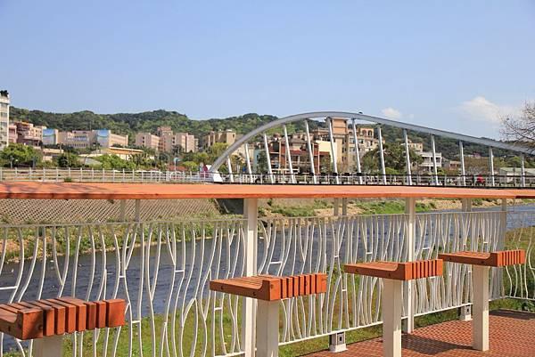 三民公園幸福廣場 010 (1024x683).jpg