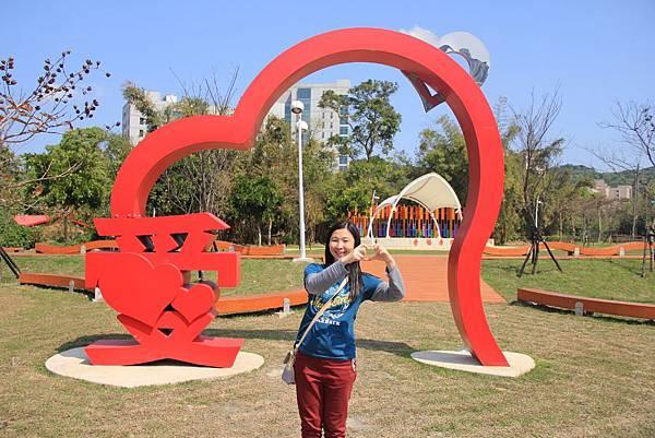 三民公園幸福廣場 048 (1024x683).jpg