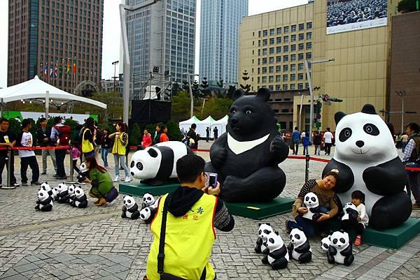 1600隻台北紙熊猫 084 (1024x683).jpg