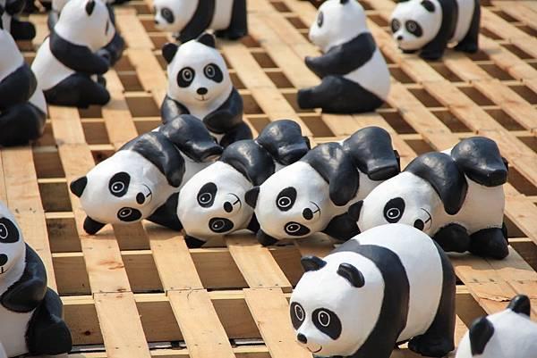 1600隻紙熊貓中正紀念堂與大家見面 054 (1024x683).jpg