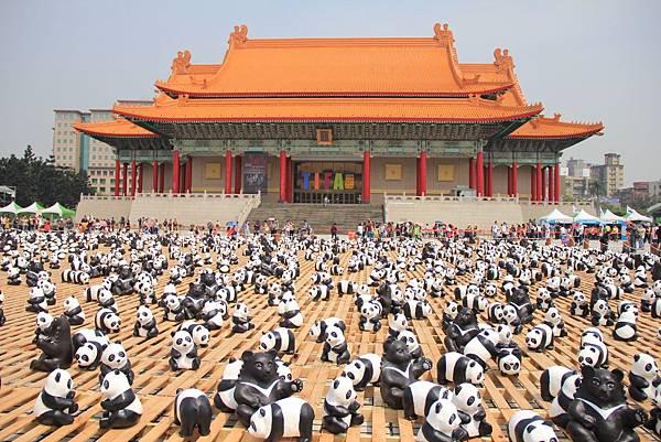 1600隻紙熊貓中正紀念堂與大家見面 087 (1024x683).jpg