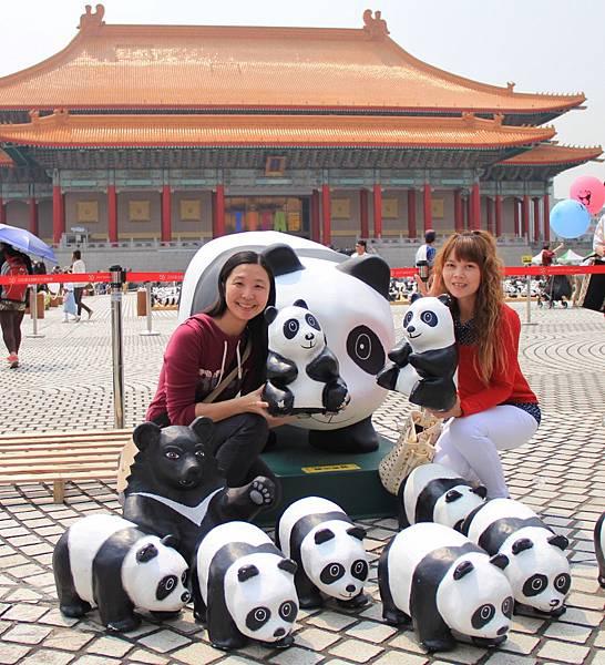 1600隻紙熊貓中正紀念堂與大家見面 124 (931x1024).jpg
