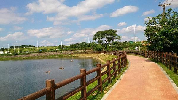 桃園陴塘公園_460.jpg
