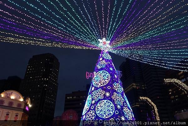 宜蘭縣政府耶誕燈_181125_0112.jpg
