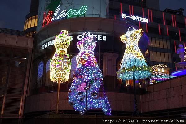 宜蘭縣政府耶誕燈_181125_0123.jpg