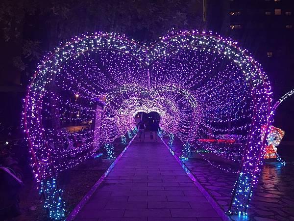 宜蘭縣政府耶誕燈_181125_0056.jpg