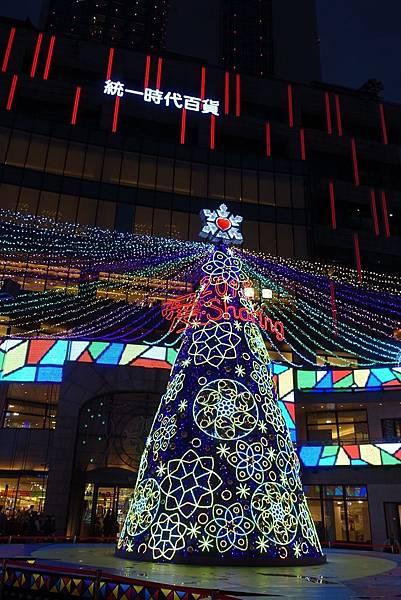 宜蘭縣政府耶誕燈_181125_0117.jpg