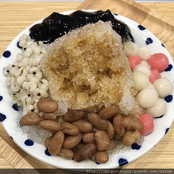源興牛肉麵&川味兒 019.JPG
