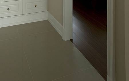地板兩種質材平接1.jpg