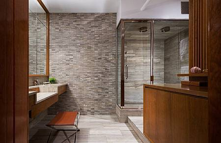 Brick-Wall-Studio-Apartment-by-Stephan-JAKLITSCH-GARDNER-elemental-wooden-framed-bathroom-with-stone-feature-wall-and-double-shower.jpeg