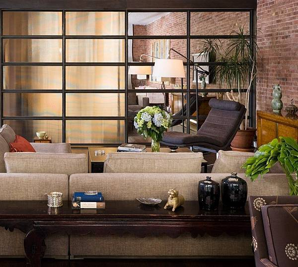 Brick-Wall-Studio-Apartment-by-Stephan-JAKLITSCH-GARDNER-lounge-with-warm-to-neutral-tones-and-oriental-subtleties.jpeg