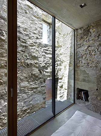 543dd5a6c07a80762d00024b_stone-house-transformation-in-scaiano-wespi-de-meuron-romeo-architects_1430_cf030063-744x1000