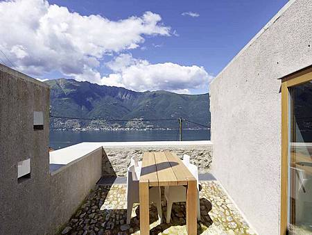 543dd59ec07a802a69000255_stone-house-transformation-in-scaiano-wespi-de-meuron-romeo-architects_1430_cf029918-1000x749