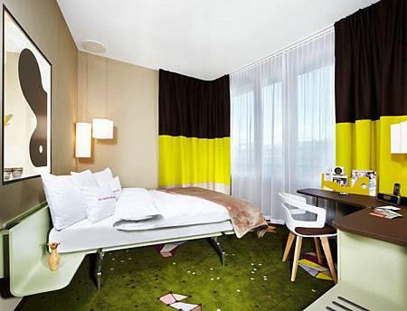 25-Hours-Hotel-Zurich-7-room-600x458