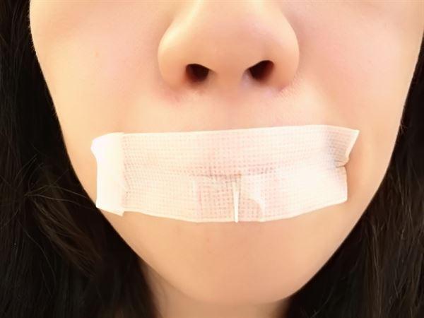 嘴貼膠帶矯正口呼吸引爭議?專家詳解,教你貼對不NG2